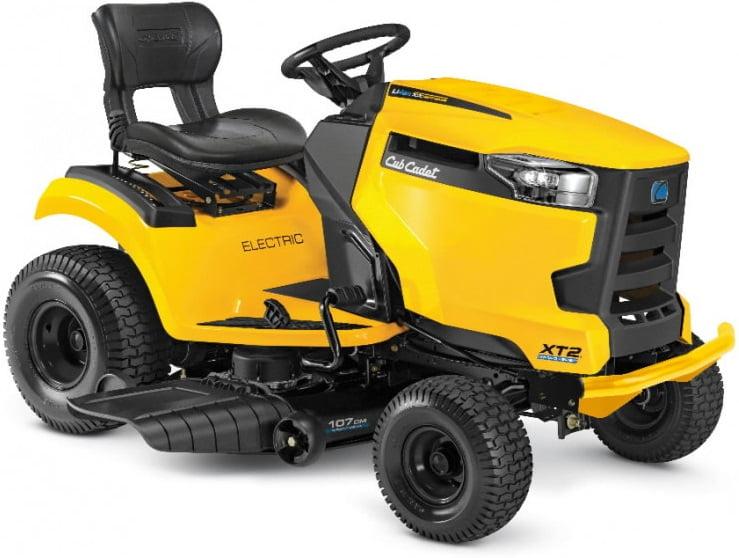 Mauriņa traktors Cub Cadet XT2 ES107