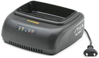 Stiga EC 430 F akumulatoru lādētājs stiga dārza tehnikas akumulatoriem