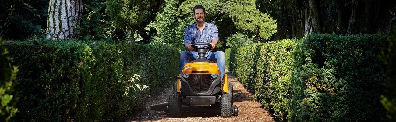 Zāles pļāvēji traktori labas cenas dārza tehnikai līzingā ar piegādi visā Latvijā